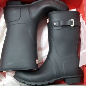 Hunter Women Original Short Black Boots Size 10